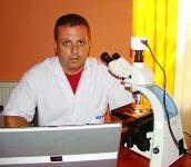 Dr Dan Navolan